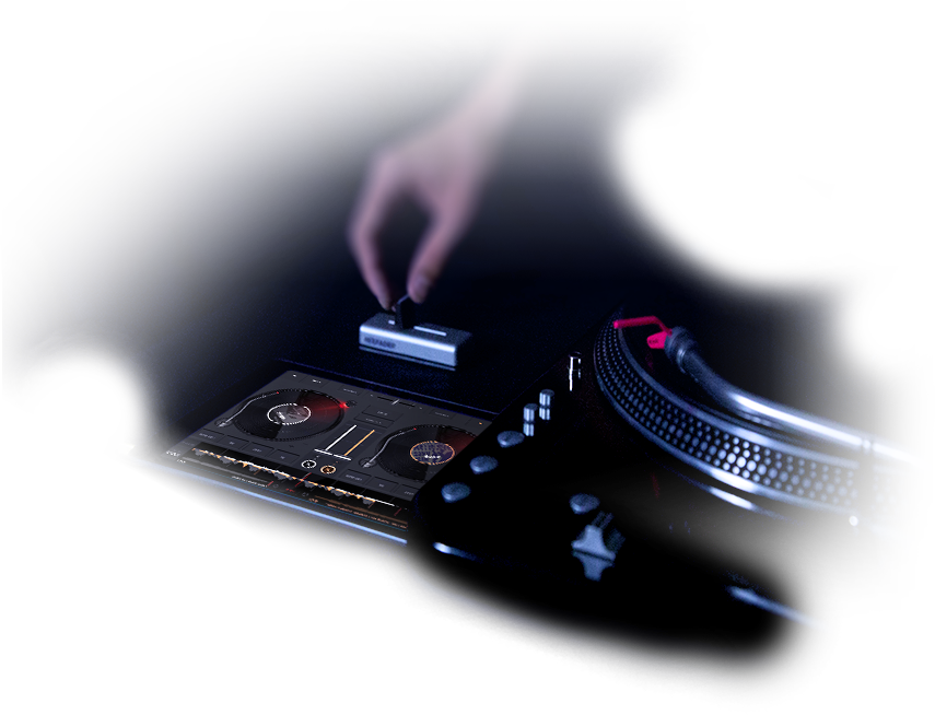 edjing with turntables